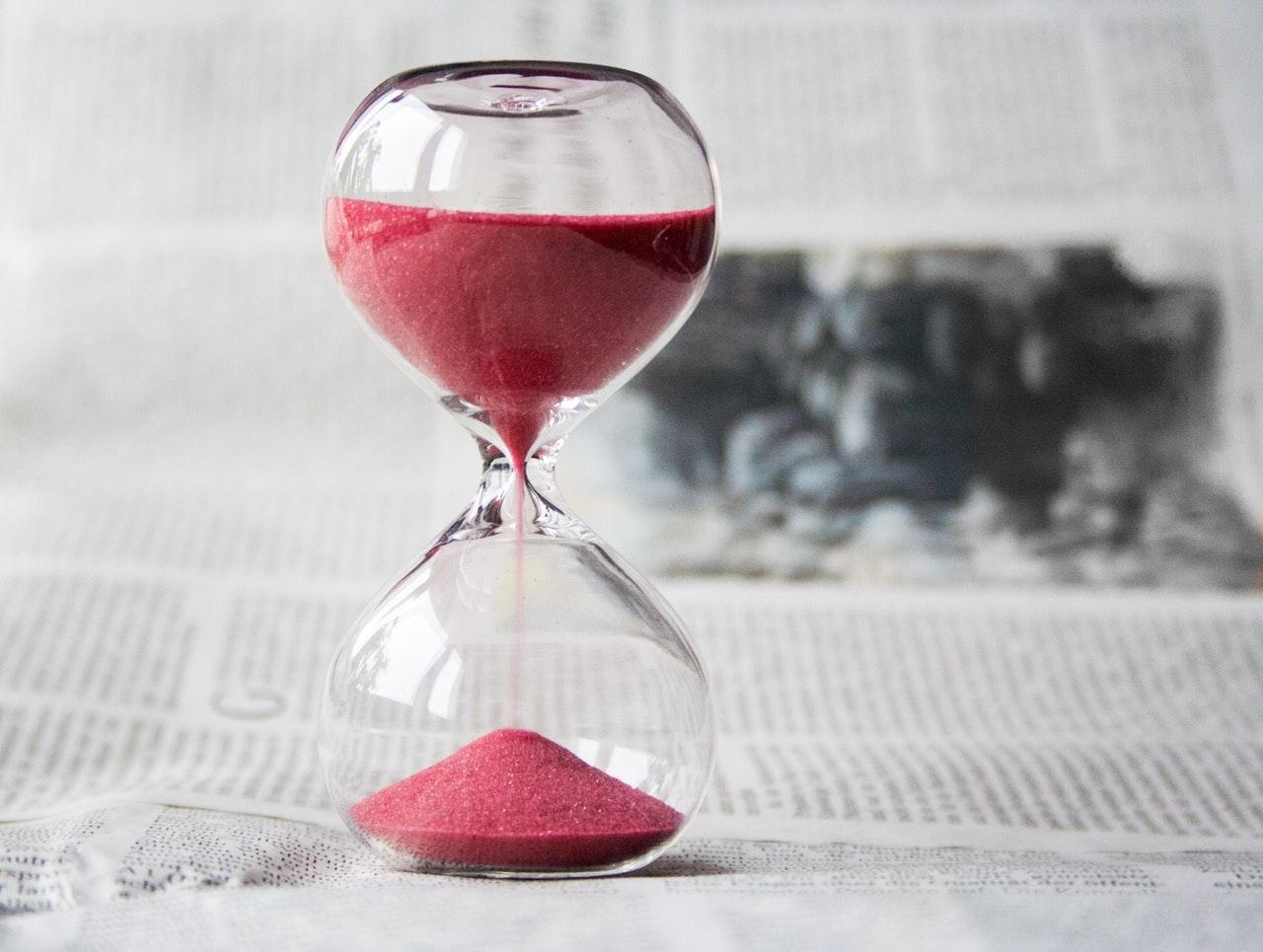 2017_0720181802_hourglass-time-hours-sand-39396.jpeg