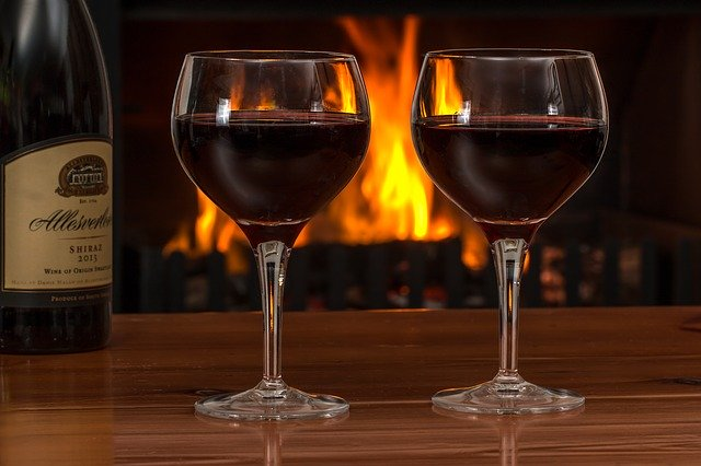 2019_1227155833_red-wine-2443699_640.jpg